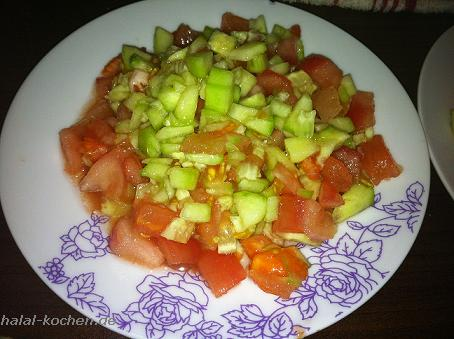 Marokkanischer Gurken / Tomaten Salat